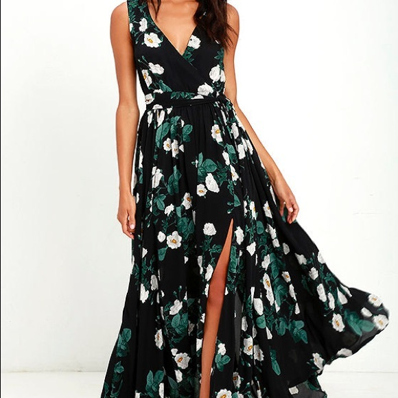 a8a827d18c Lulu s Dresses   Skirts - Magnolia Blooms Black Floral Print Maxi Dress